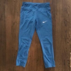 Nike Dri-Fit Teal Capri Leggings